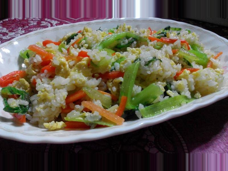 芥菜(刈菜)胡蘿蔔蛋炒飯【食在養生】