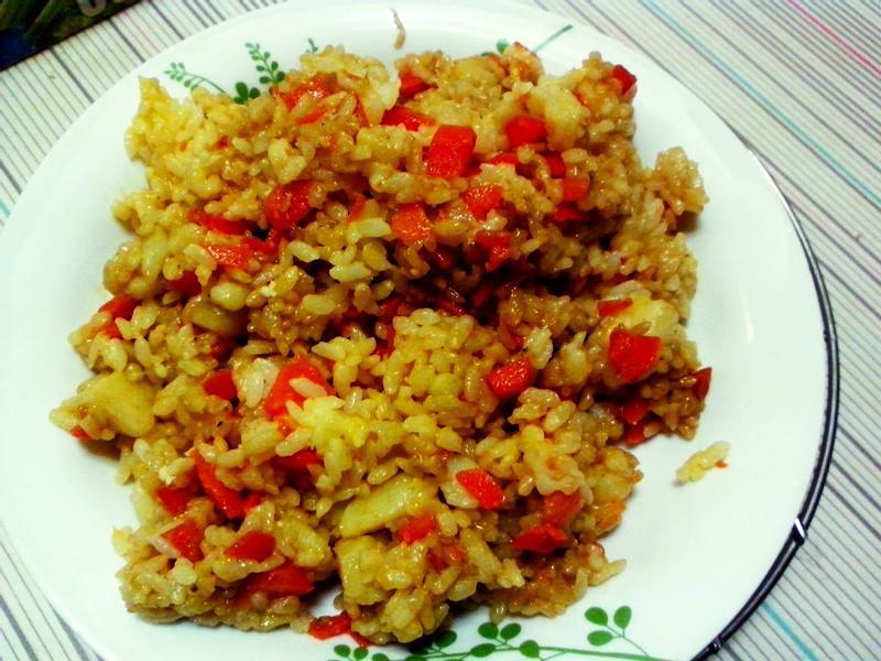 馬鈴薯胡蘿蔔蛋炒飯