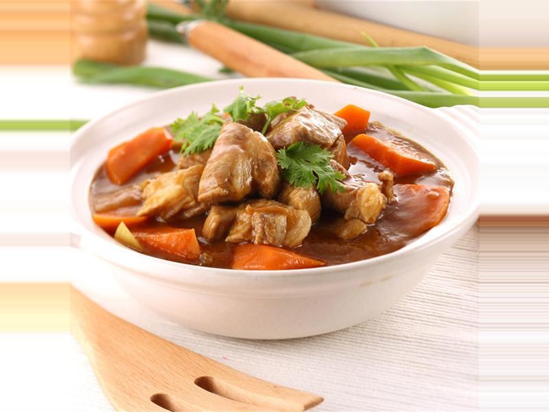 台灣豬肉》咖哩燉梅花豬