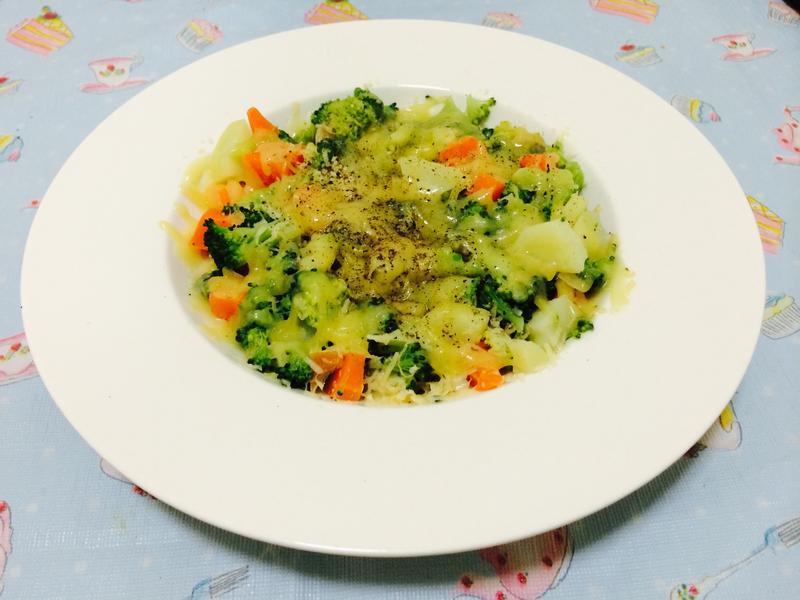 減肥-起司焗烤蔬菜盤
