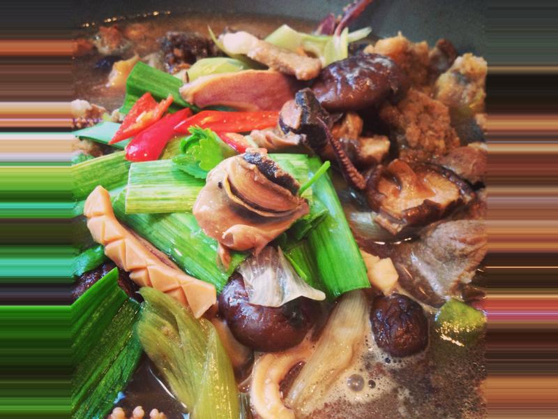 「年菜」魷魚螺肉蒜湯
