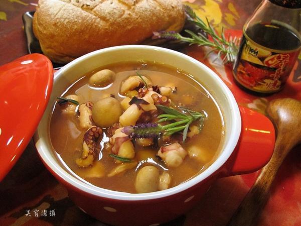 章魚蘑菇番茄湯