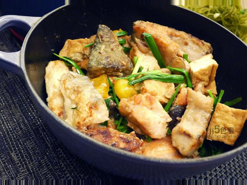 味噌鮭魚頭豆腐煲【學測補給】