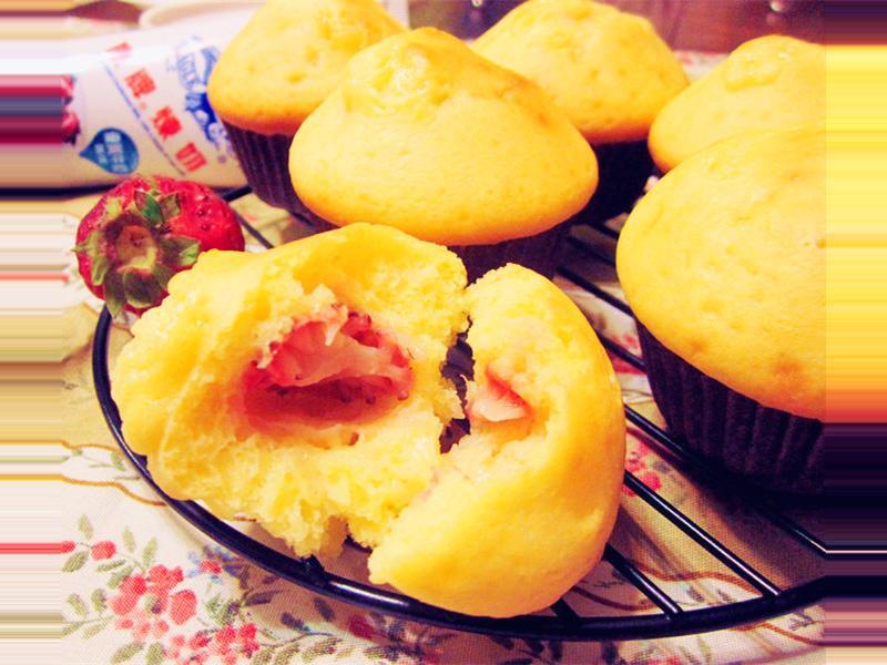 草莓煉奶小鬆糕(鬆餅粉)