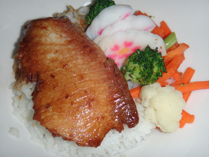 鯛魚丼飯(台灣養殖漁業發展基金會)