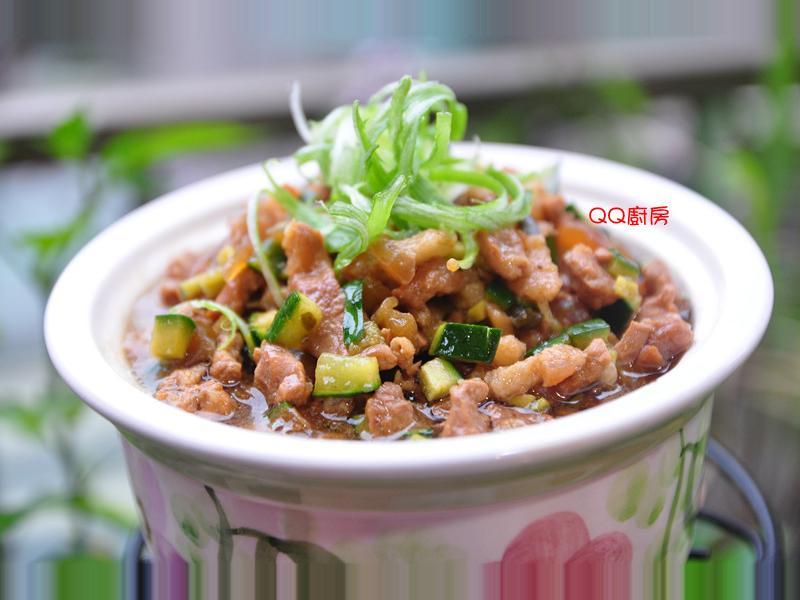小黃瓜丁香菇滷肉