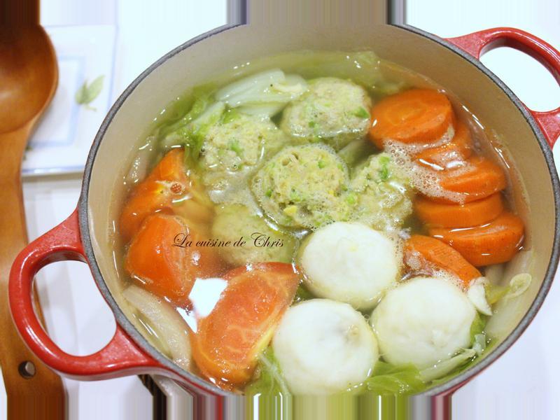 蔬菜肉丸子火鍋
