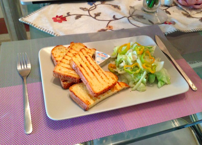 炒高麗菜+紅蘿蔔吐司套餐【小確幸Angel⭐廚房】
