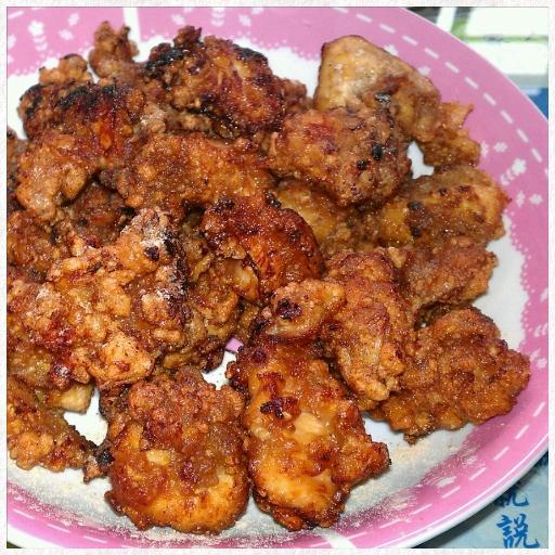 芝麻蒜香腐乳醬汁炸雞