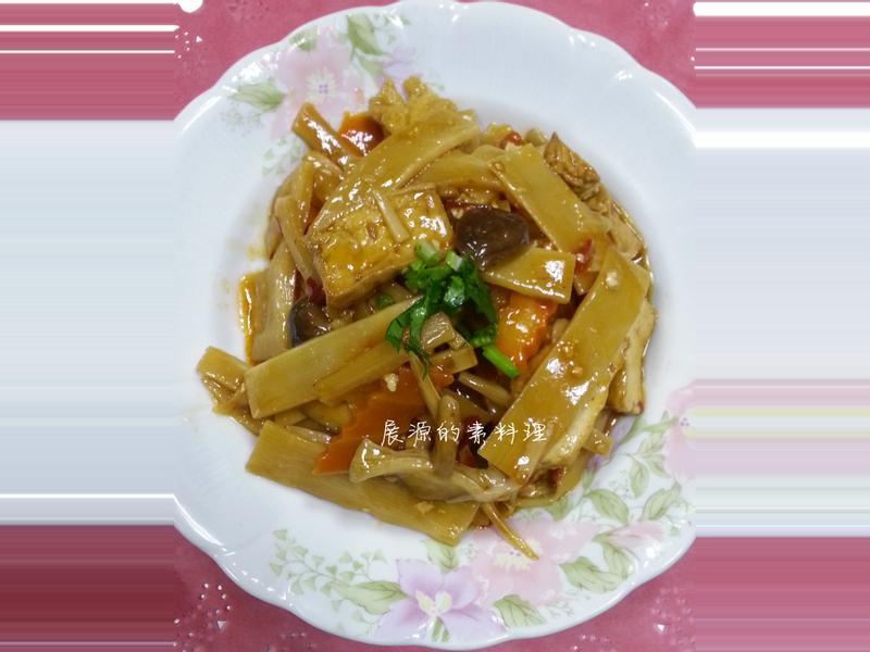 油豆腐燒筍片