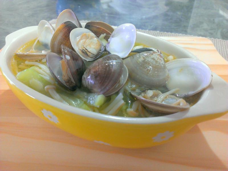品靚上菜-【我的廚房小心機-奶油金針蛤蜊絲瓜】